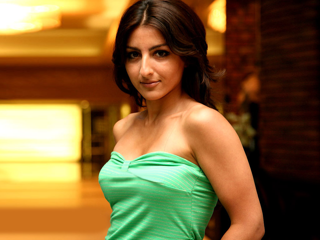 Soha ali khan sexy photos