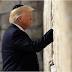 Usai Saudi, Trump Kunjungi Israel Berdoa di Tembok Ratapan