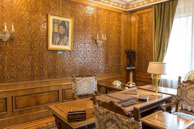 Nicolae Ceaușescu, Ceaușescu-diktatúra, Bukarest, Primăverii palota, Románia, palatul primaverii