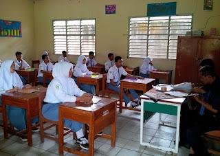 Hukum Pria & Wanita Dalam Satu Ruangan belajar