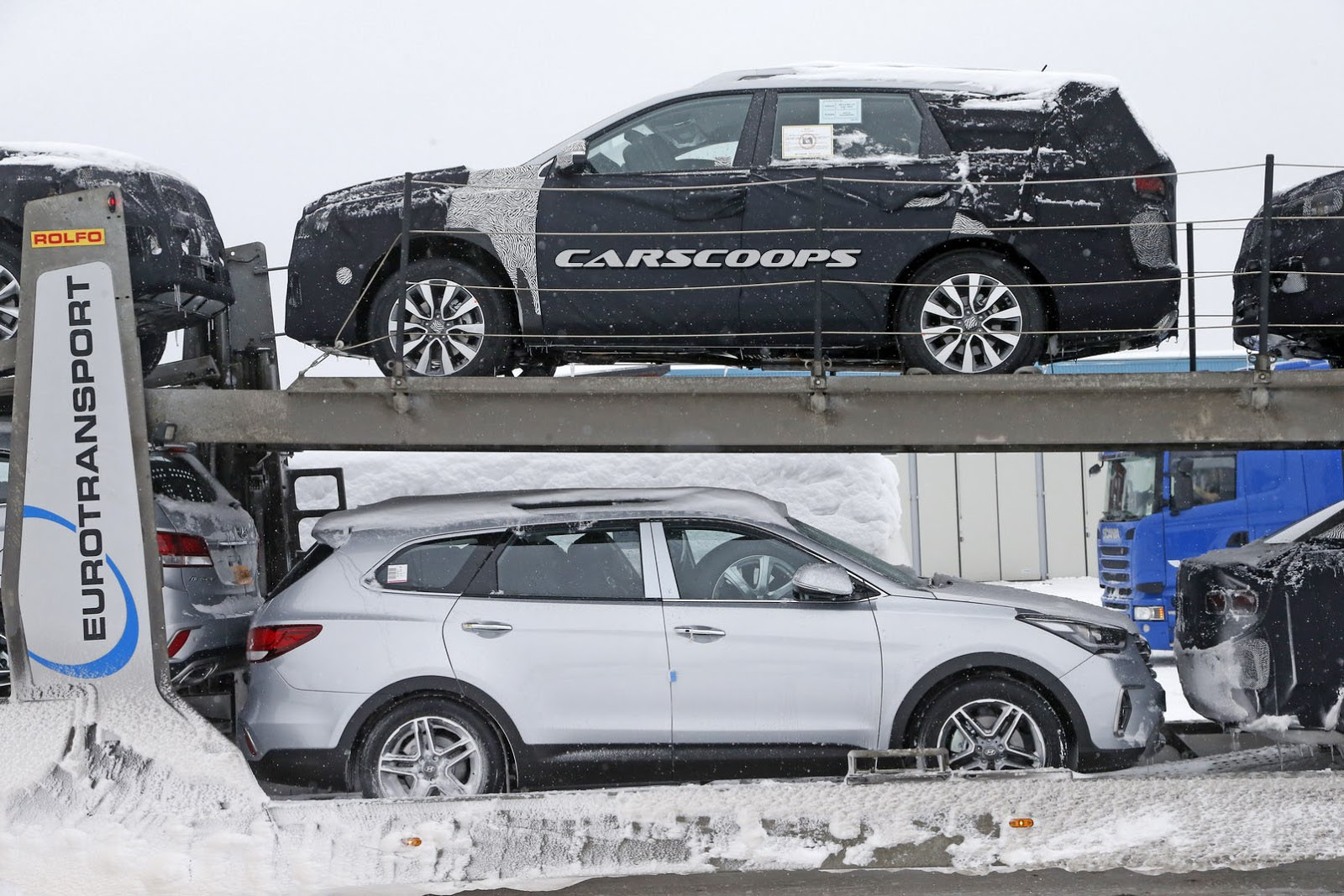 Scoop Kia Readying Sorento For A Major Facelift Carscoops