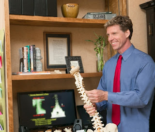 http://voyagechicago.com/interview/meet-dr-gordon-fimreite-chiropractic-chicago-loop-im-owner/