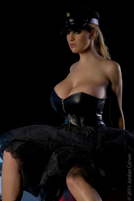 sexy-Jordan-Carver-Russian-hot-photo-shooting-hd-wallpaper-20