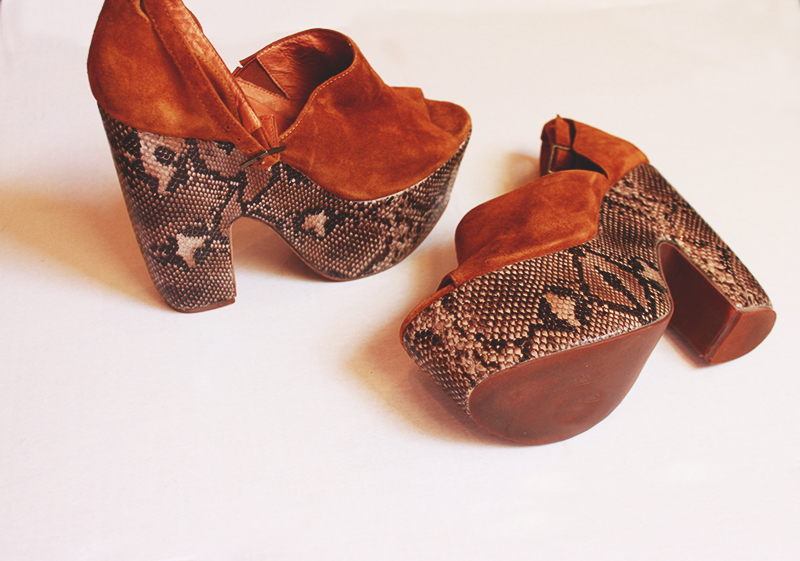 jeffrey campbell, snakeskin shoes, style