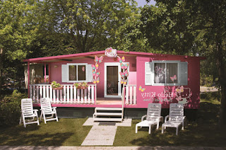Gambar Rumah Hello Kitty Asli 9