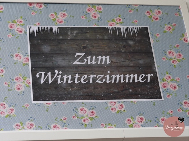 Bei meinem Besuch in Hildesheim habe ich mir den Laden Stoffwerk genauer angeschaut- ein schönes Sortiment mit Stoffen für Kinder, Damen und Herren und Taschen- und Patchworknäherinnen. Wer Stoffe liebt und ebenso tolles Zubehör, sollte sich einen Besuch nicht entgehen lassen!