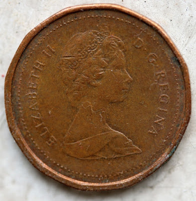 1983 Canadian Cent, Far Beads Obverse