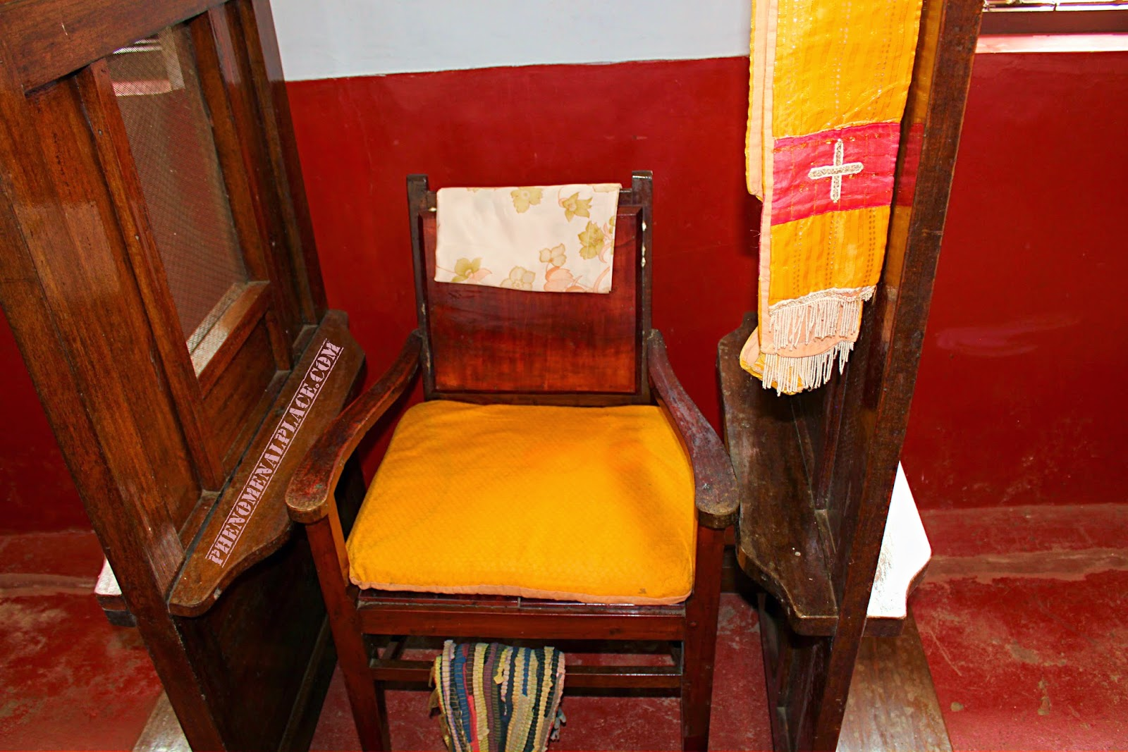old fashioned birthing chairs chic chair covers birmingham chavara bhavan in aleppey alappuzha kerala india