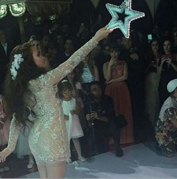 Larissa Manoela, Vestido de debutante, festa 15 anos balada