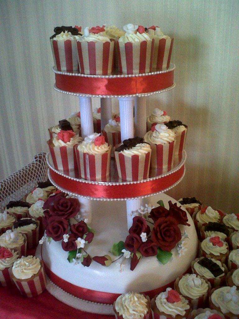 Mycupcakes Red And White And Black Themed Wedding Cake And