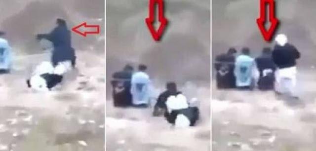 قبل إعدامه بثوان.. رجل يخطف سلاح 'الدواعش' ويطلق النار عليهم  شاهد كيف انقلب السحر على الساحر!