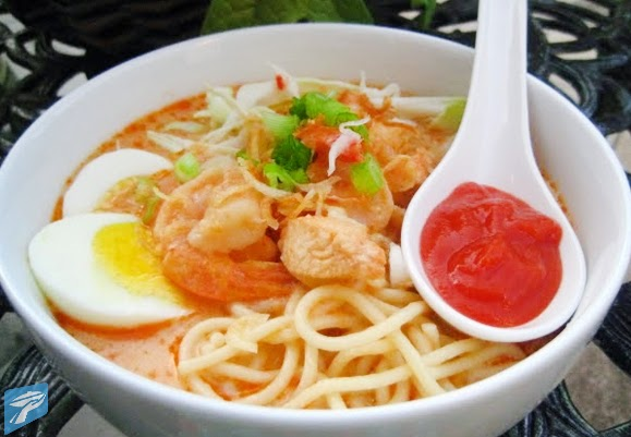 Mie celor adalah hidangan mi yang pada umumnya disajikan dengan campuran kuah santan dan  Resep Mie Celor Khas Masakan Palembang