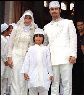 8. Foto Pernikahan Sultan Djorghi dan Annisa Trihapsari 2007