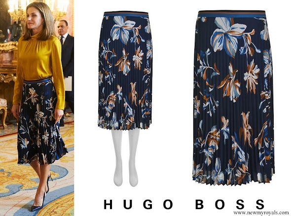 Queen Letizia wore Hugo Boss Viplisa Skirt