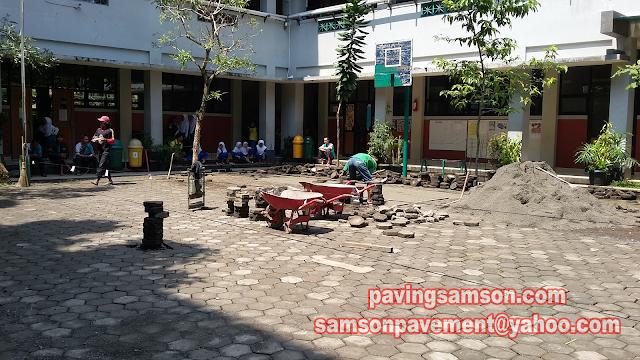 Pemasangan Paving Block SD Salman Alfarisi