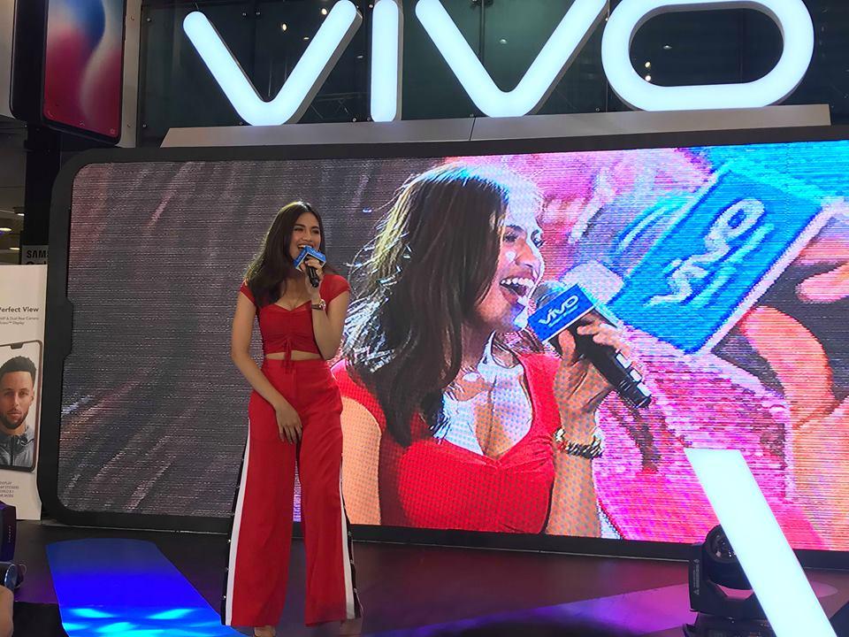 465691e1231 Julie Anne San Jose and Barbie Forteza graced the launch of Vivo V9 ...