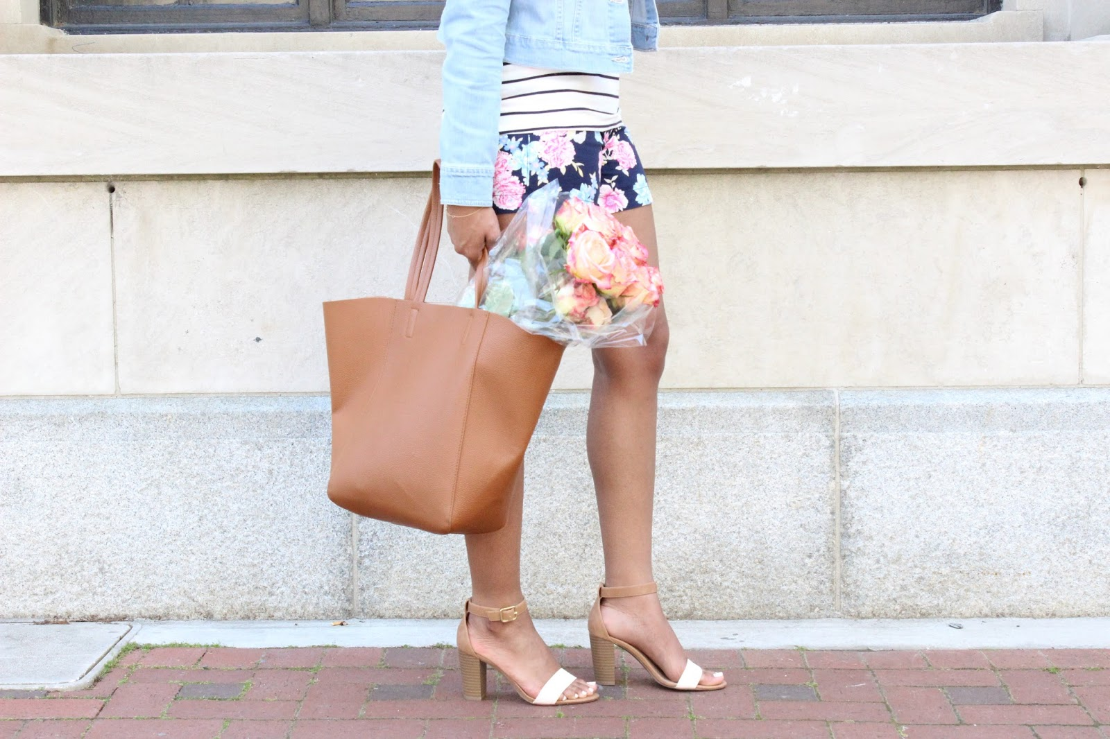 how to wear floral shorts