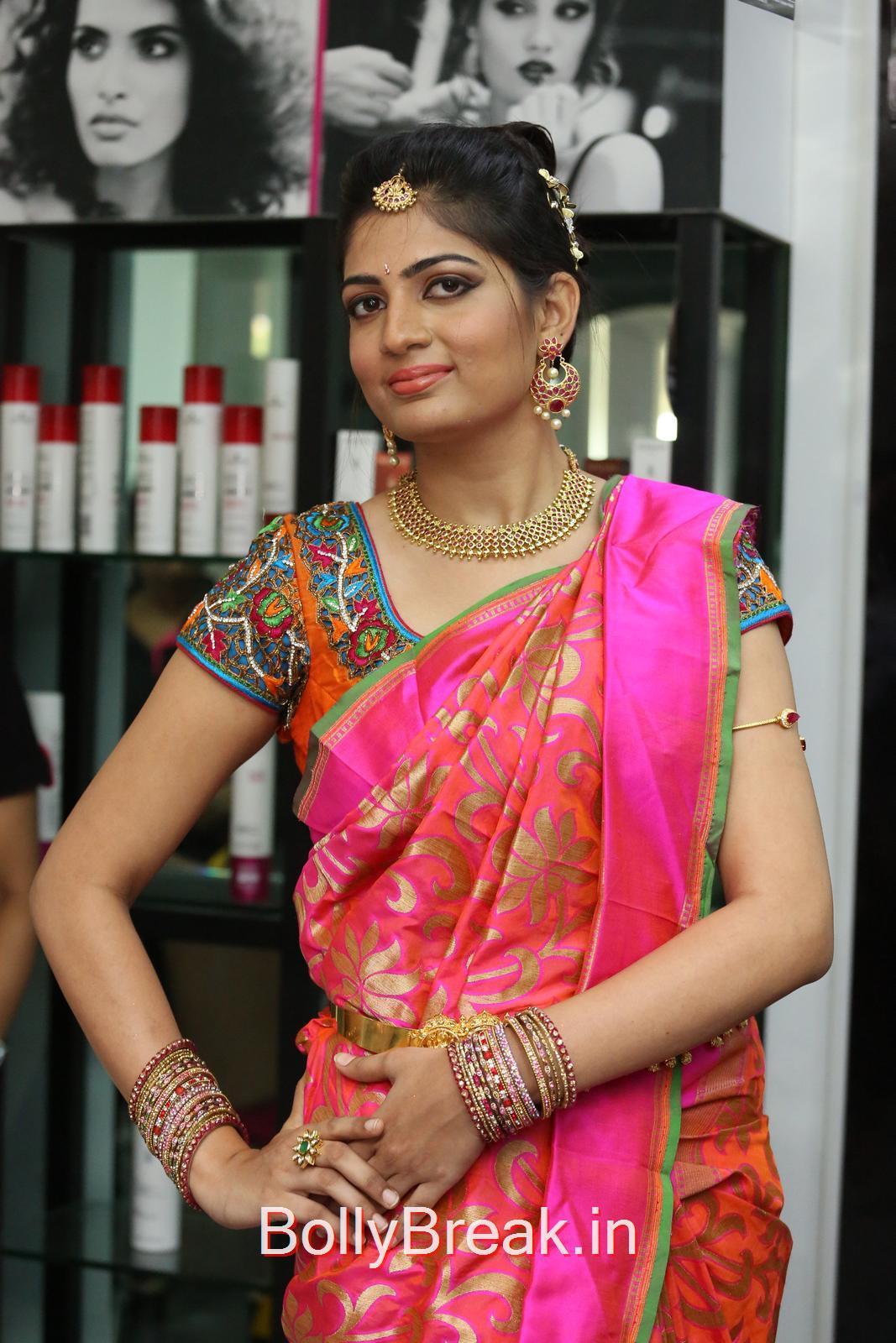 Akanksha Pictures, Akanksha Hot Pics from Bridal Dream Make up At Lakme Salon