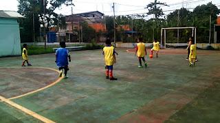 pengembangan program ekstrakurikuler futsal di sekolah dasar