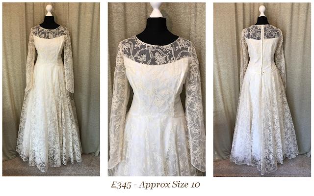 1950s Lace Long Sleeve Vintage Wedding Dress