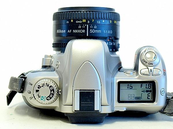 Nikon U2, Top