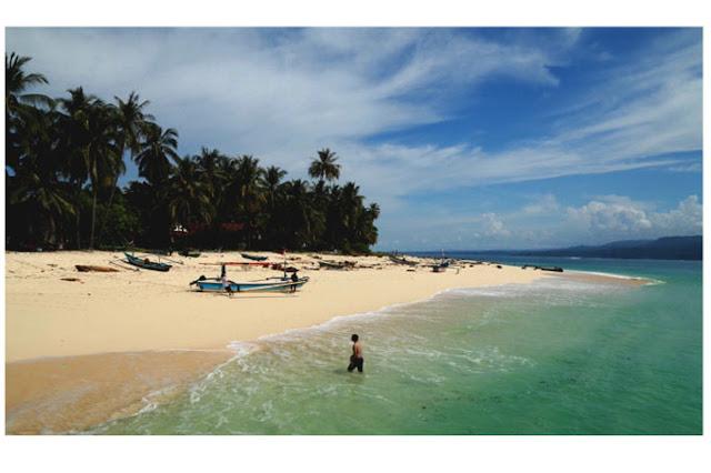 pantai pulau pisang