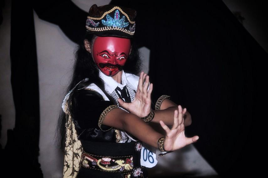 Tari Topeng Temenggung, Tarian Tradisional Dari Jawa Barat