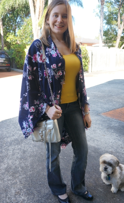 spring kimono outfit: flares, flats yellow tank and silver mini MAC bag | Away From Blue