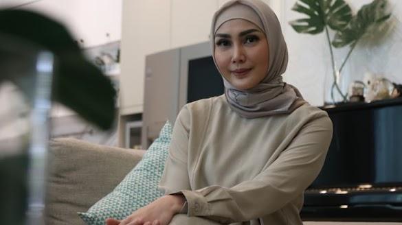 Pergolakan Batin Fenita Arie saat Cari Hidayah untuk Berhijab