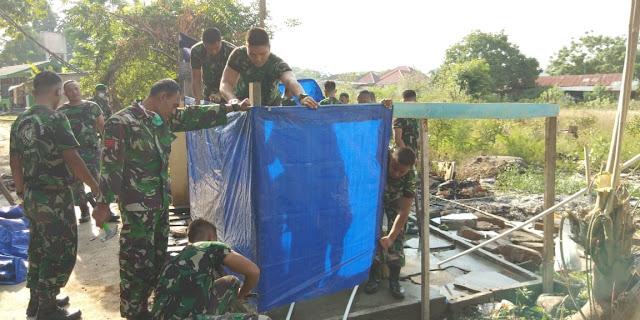 TNI Dirikan 1.300 MCK Darurat di Pengungsian Palu