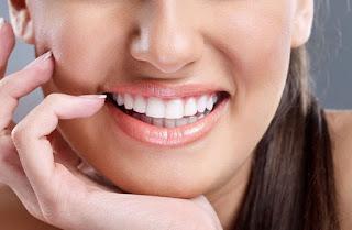 Cara-Memutihkan-Gigi-Secara-Alami-Dan-Cepat