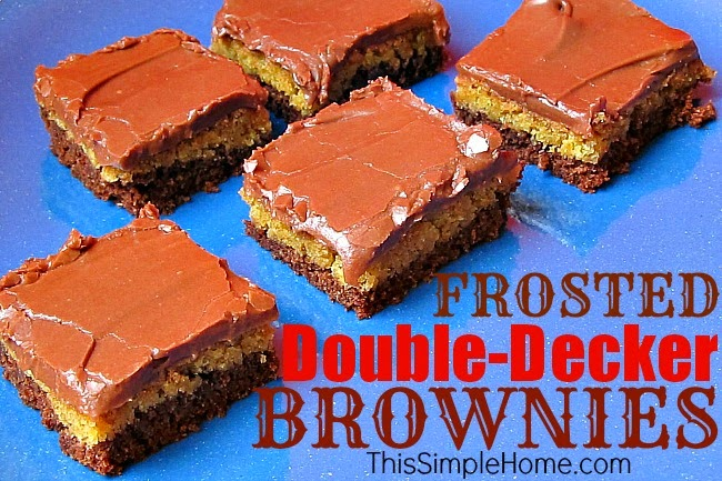 Frosted Double-Decker Brownie #recipe #brownies.
