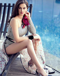 Evelyn Sharma latest HD photos