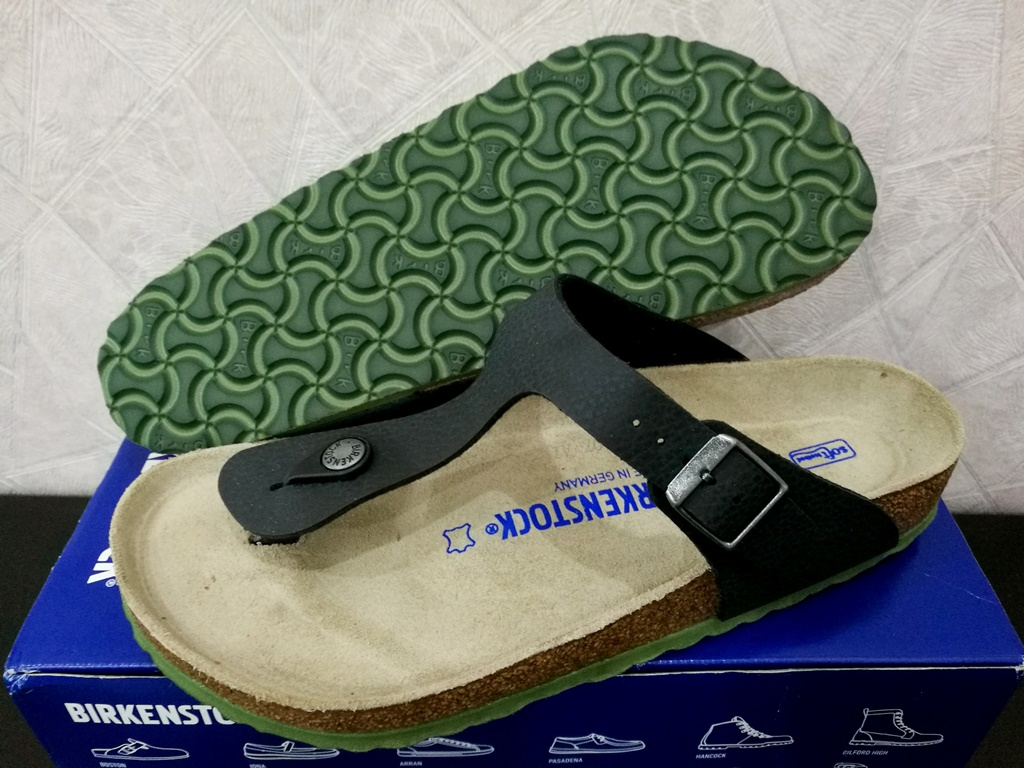 Birkenstock Gizeh Soft Footbed. Birkenstock Gizeh Soft Footbed in Desert  Soil Black fb3d99e23e0