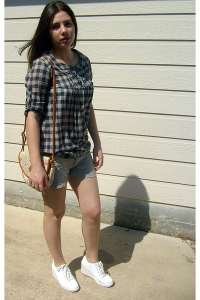 d501a287f2c1fe in vogue fashion  cream your jeans with seasons latest check shirts