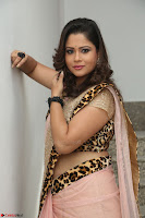 Shilpa Chakravarthy in Lovely Designer Pink Saree with Cat Print Pallu 014.JPG