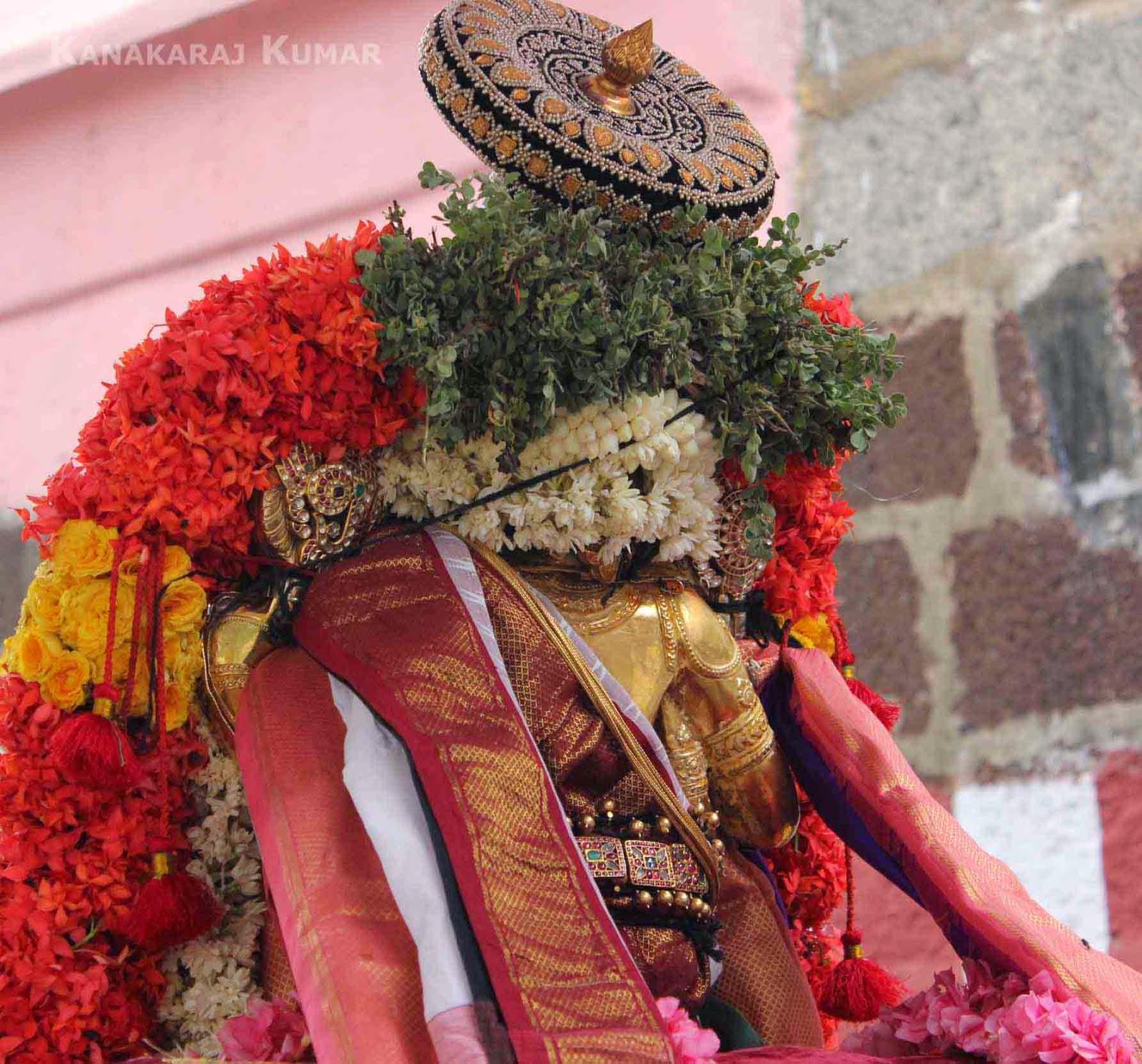 Krishna Vaibhavam: Kurai Ondrum Illai Lyrics