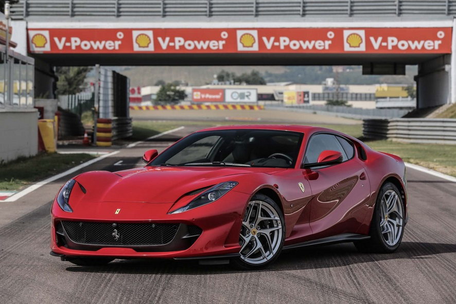 MUSCLE CAR COLLECTION : Ferrari 812 Superfast 800 cv Strongest ...