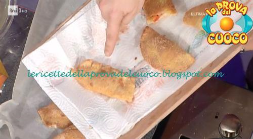 Prova del cuoco - Ingredienti e procedimento della ricetta Sorrisi ripieni di Anna Moroni