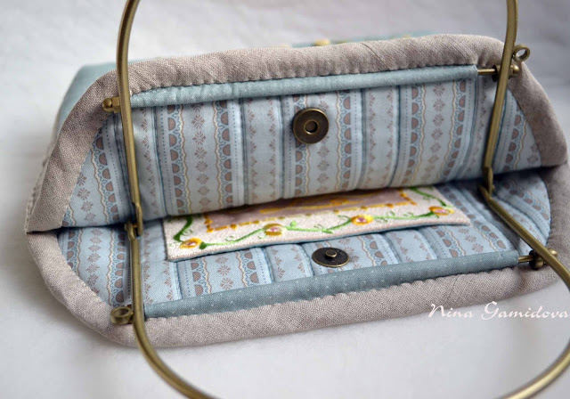 летняя сумочка из хлопка с вышивкой