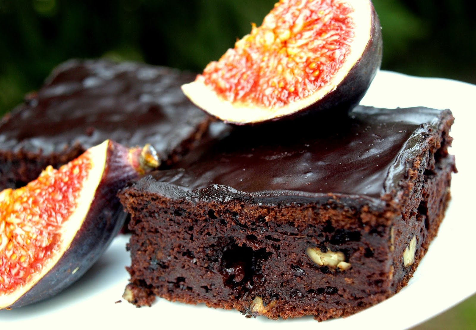 Czekoladowe brownie z cukinią bez cukru