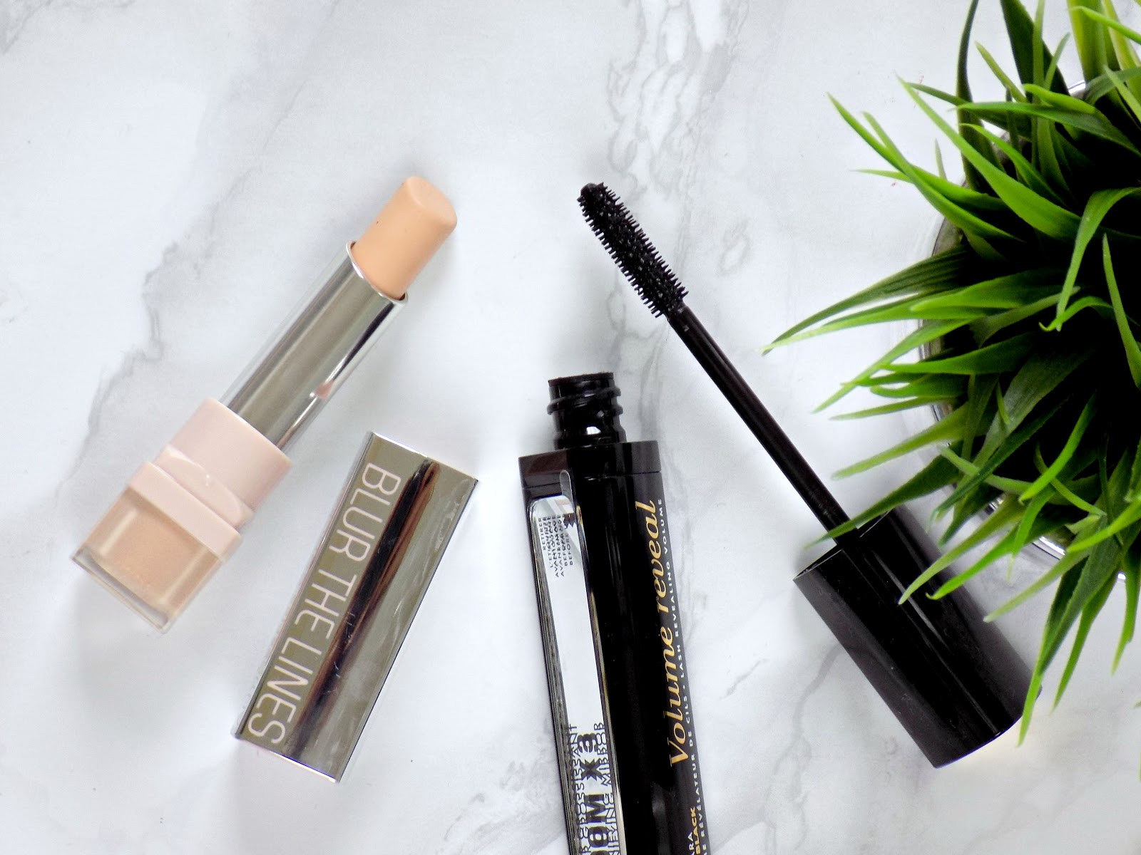 Bourjois blur the lines concealer and volume reveal mascara