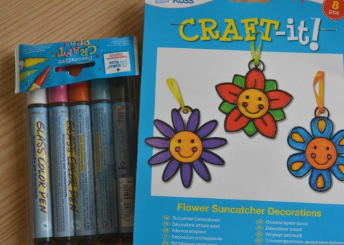 Happy Face Flower Suncatcher Decorations from baker ross review
