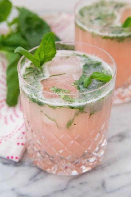 http://www.thekitchn.com/spring-cocktail-recipe-rhubarb-basil-cocktail-recipes-from-the-kitchn-51569?utm_source=RSS&utm_medium=feed&utm_campaign=Category/Channel:+Main