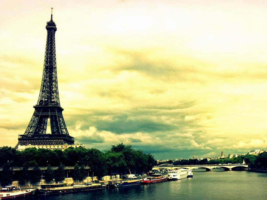 Paris eiffel tower wallpapers eiffel tower latest hd - Paris eiffel tower desktop wallpaper ...