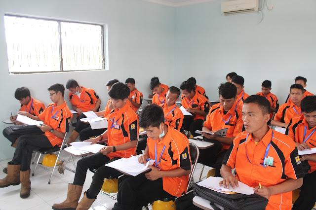 Target 75 Persen Lulusan SMK Langsung Kerja