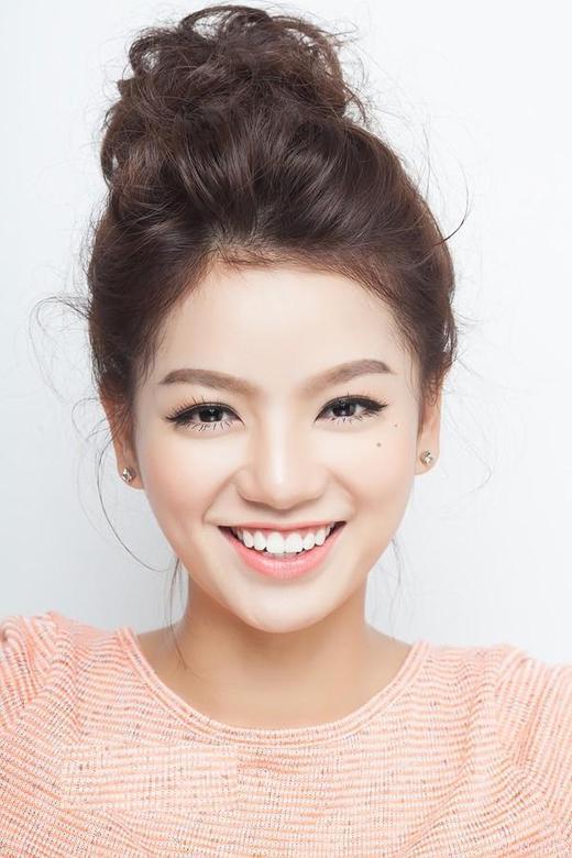 Các kiểu tóc đơn giản giúp chị em xinh hơn gấp đôi