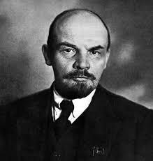 Lenin Sang Pemimpin Komunis di Rusia
