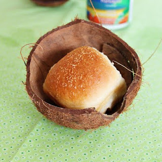 Coconut Buns | Roxanashomebaking.com