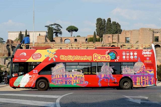 Ingressos para o ônibus Hop on Hop off em Roma